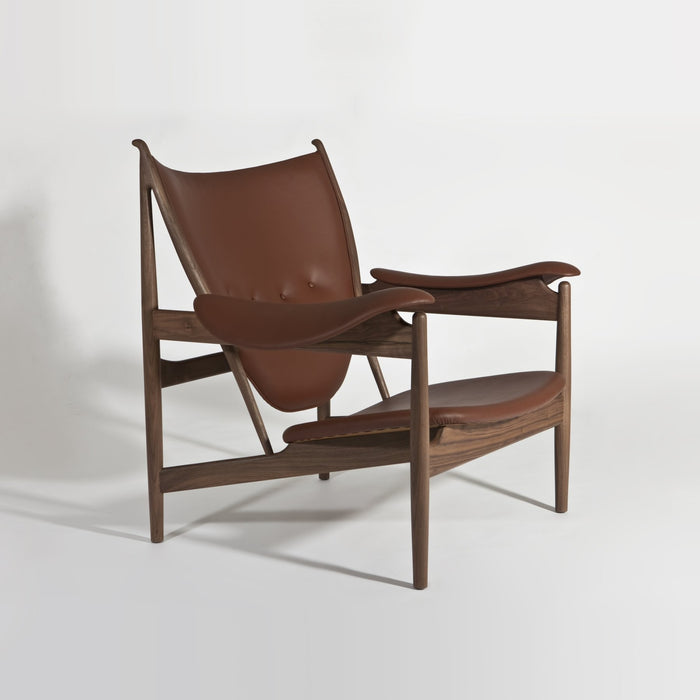 Aviv Lounge Chair - Timeless Design
