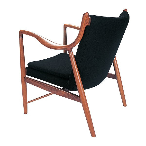 Jorge Lounge Chair - Timeless Design