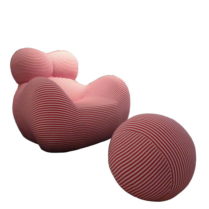 Bear Lounge Chair - Timeless Design