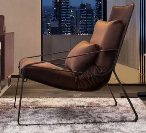 Johann Lounge Chair - Timeless Design