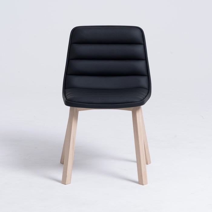 Ronin Chair (Wooden Leg) - Timeless Design