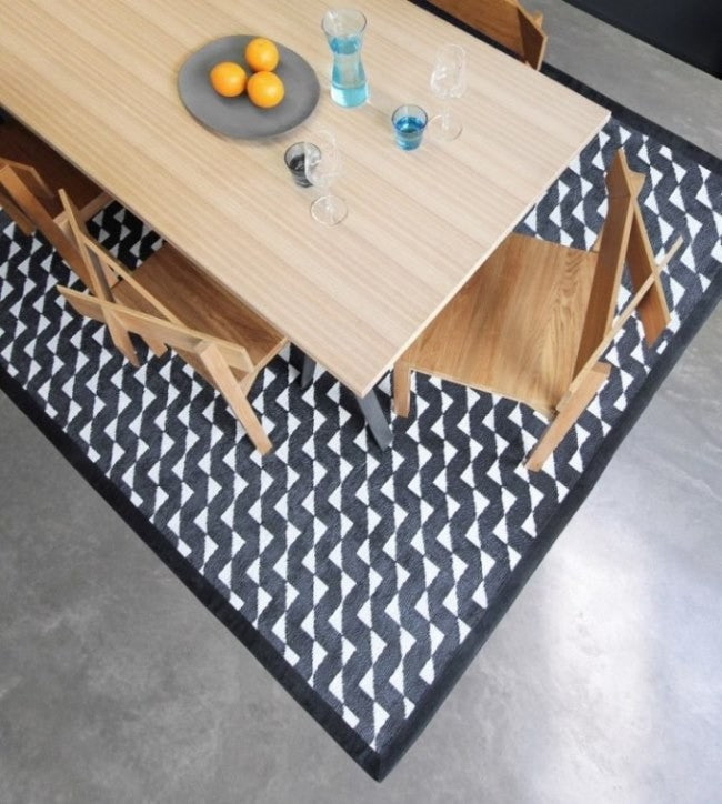 Stride Outdoor Mat (M) 150x240cm - Timeless Design