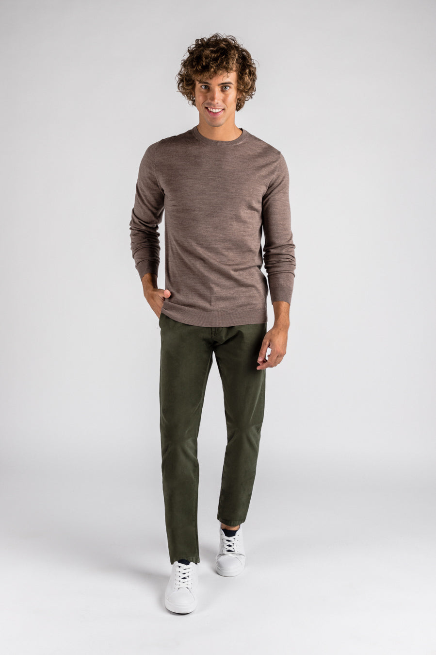 Chino Regular Amazon (Verde)