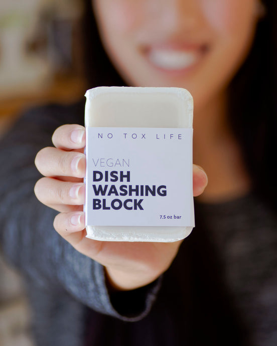 How to Use a Dish Washing Block