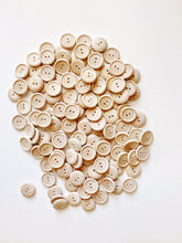 Load image into Gallery viewer, Natural Wood Buttons (8 pcs)