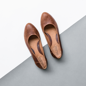 Thea Flat In Solid Chestnut