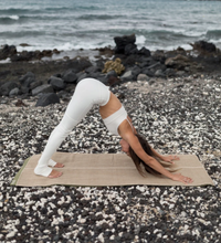 Load image into Gallery viewer, Nettle Fiber Grounding Yoga Towel