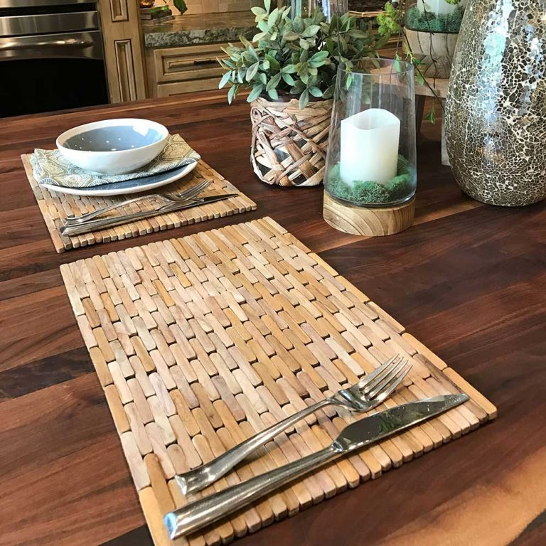 Teak Placemats (set of two) IPM004