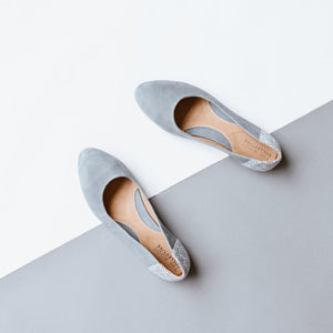 Thea Flat in Smoke Leather