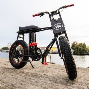 UNI Bobber E-Bike with Racing Plate