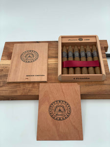 Montero 1939 - Piramide (6) Cigars & ALL Cedar Wood Case
