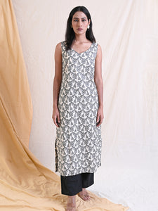 cotton jacquard midi dress in floral pattern