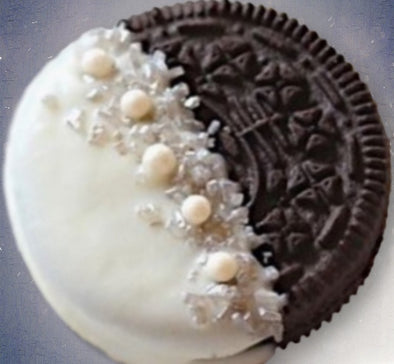 Order custom wedding cookies online for shipping and delivery anywhere in the U.S. Sugarica Cookies are the best custom wedding cookies available online. Shop the most beautiful and sought-after wedding cookies and gourmet treats for weddings, wedding showers and bridesmaids gifts.