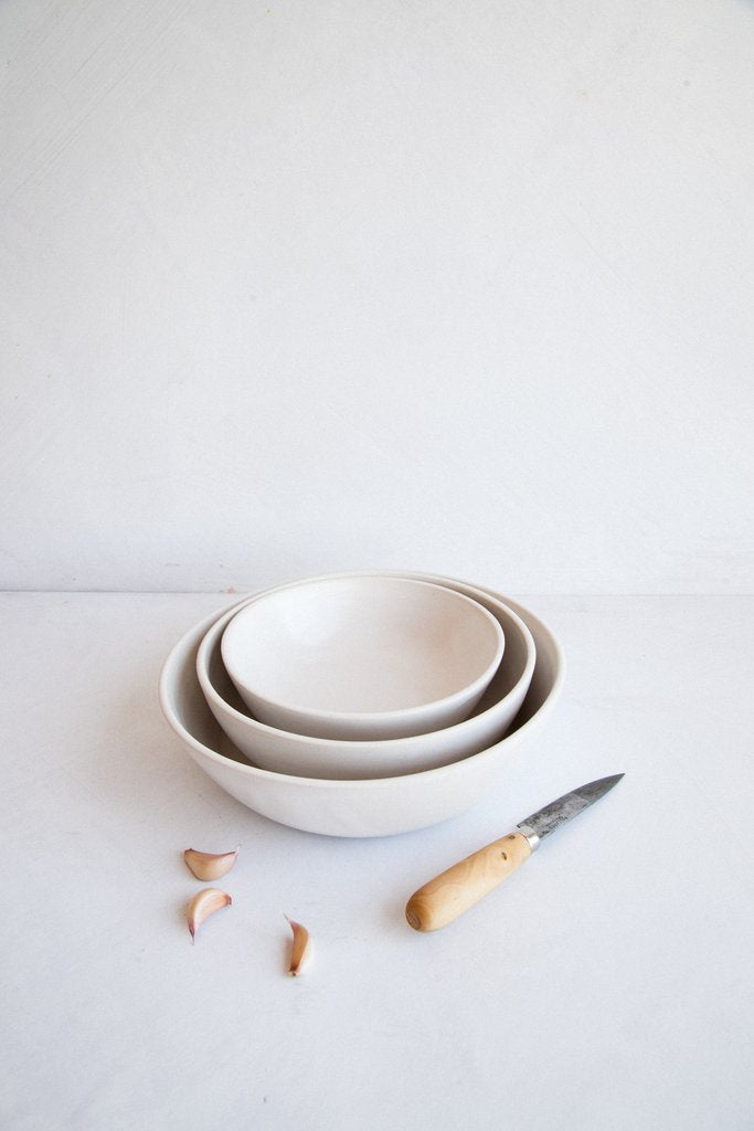 Nesting Serving Bowls in Snow