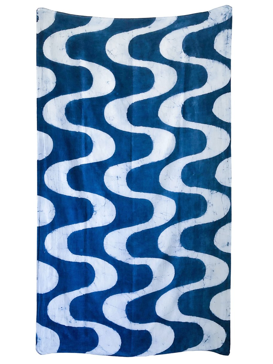 Waves Scarf in Indigo