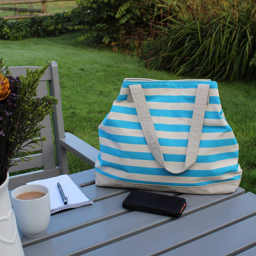 Beach bag in blue striped canvas