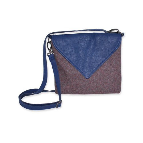 Envelope style crossbody bag in pink tweed and blue leather