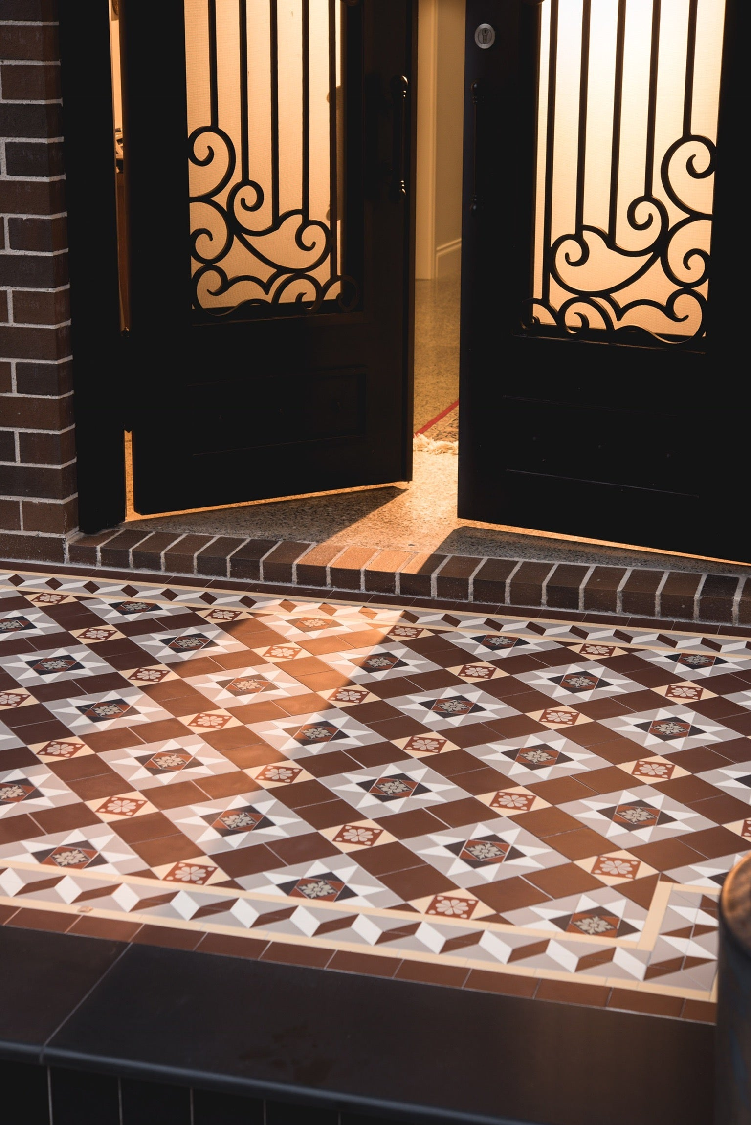 Traditional federation pattern front porch