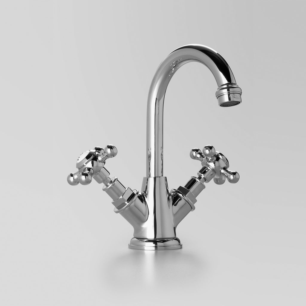 Classic -  Classic Basin Twinner 110mm swivel spout