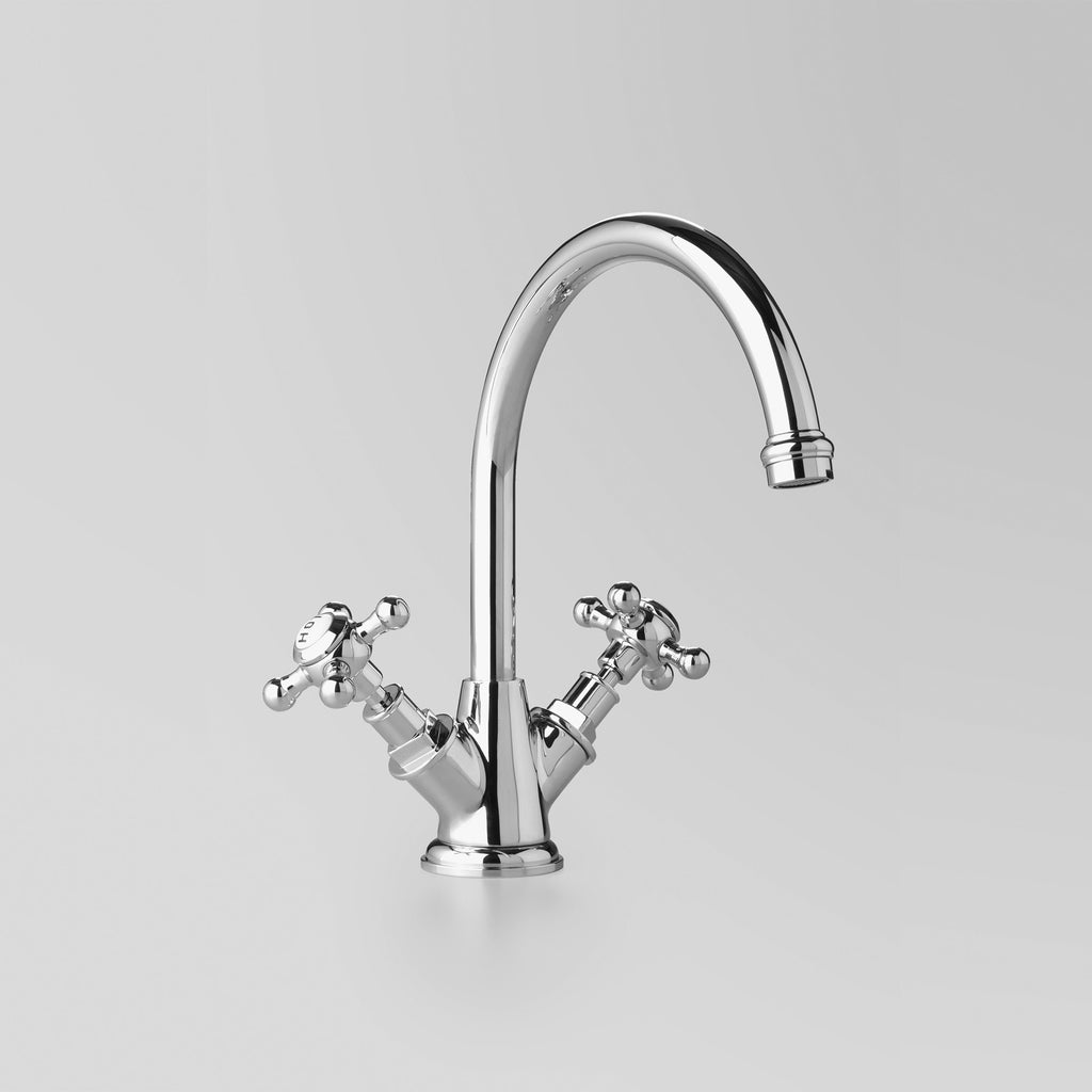- Classic Kitchen Twinner 200mm swivel spout