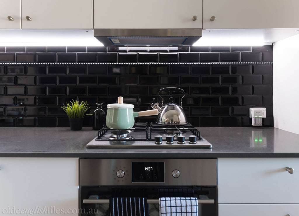 Olde English Tiles – Black bevelled edge wall tile. Gorgeous Living Area