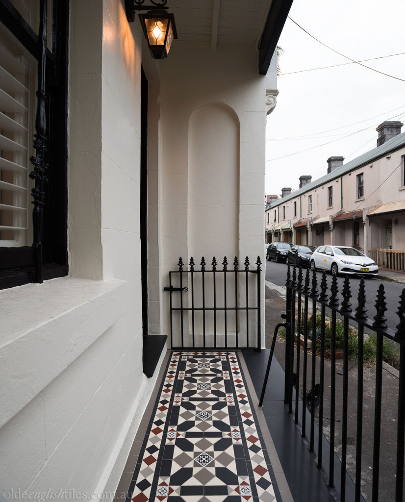 Olde English Tiles – Fitzroy pattern with the Norwood border. Gorgeous Verandah Heritage Tessellated Tiles