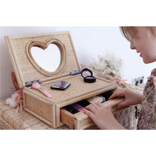 PRE-ORDER 'Close to my heart' Rattan keepsake box with mirror - Juni Moon 🌙