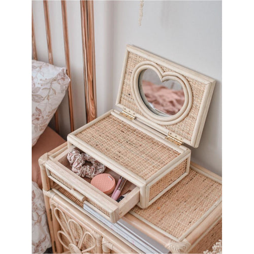 PRE ORDER - 'CLOSE TO MY HEART' KEEPSAKE BOX