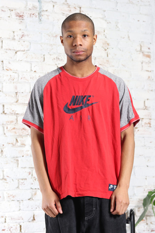 Vintage Nike Big Logo T-Shirt Red