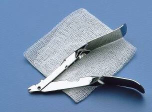 Busse Hospital Disposables Staple Removal Kit Stainless Steel Plier Style Handle