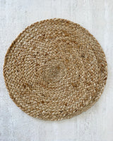 Set de table en toile de jute naturelle.