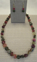 Load image into Gallery viewer, Crackle Agate Stones Necklace