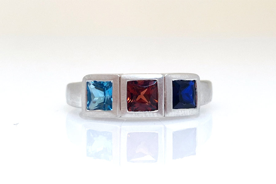 Custom 3 Birthstone Ring for Mom
