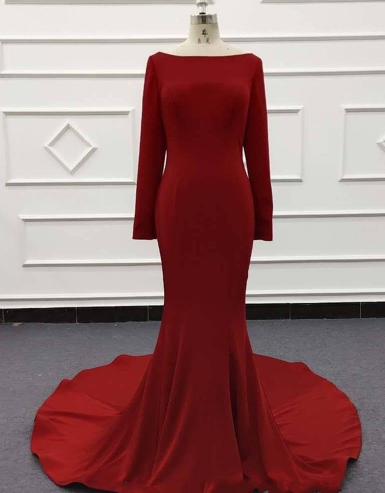 Fitted red evening dress