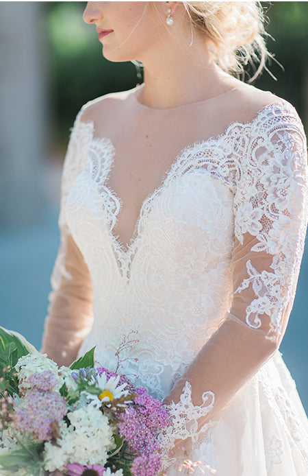 long sleeve lace wedding dress