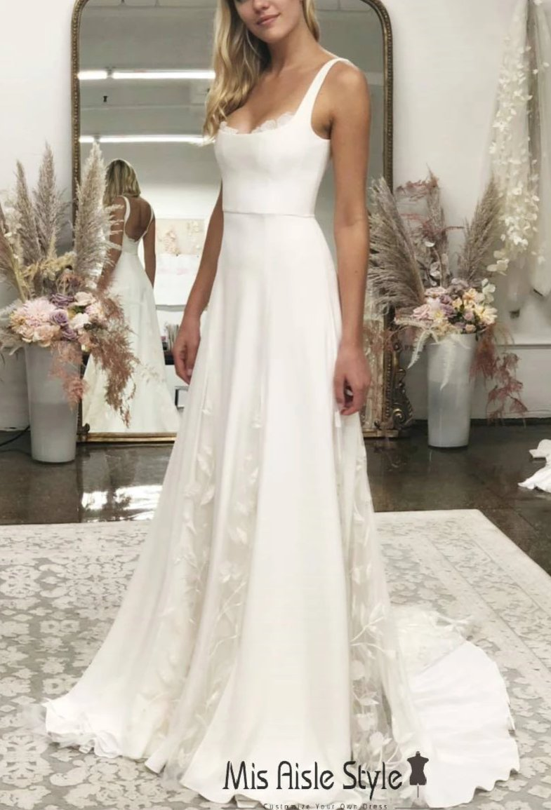 A line Square Neckline Wedding Dress