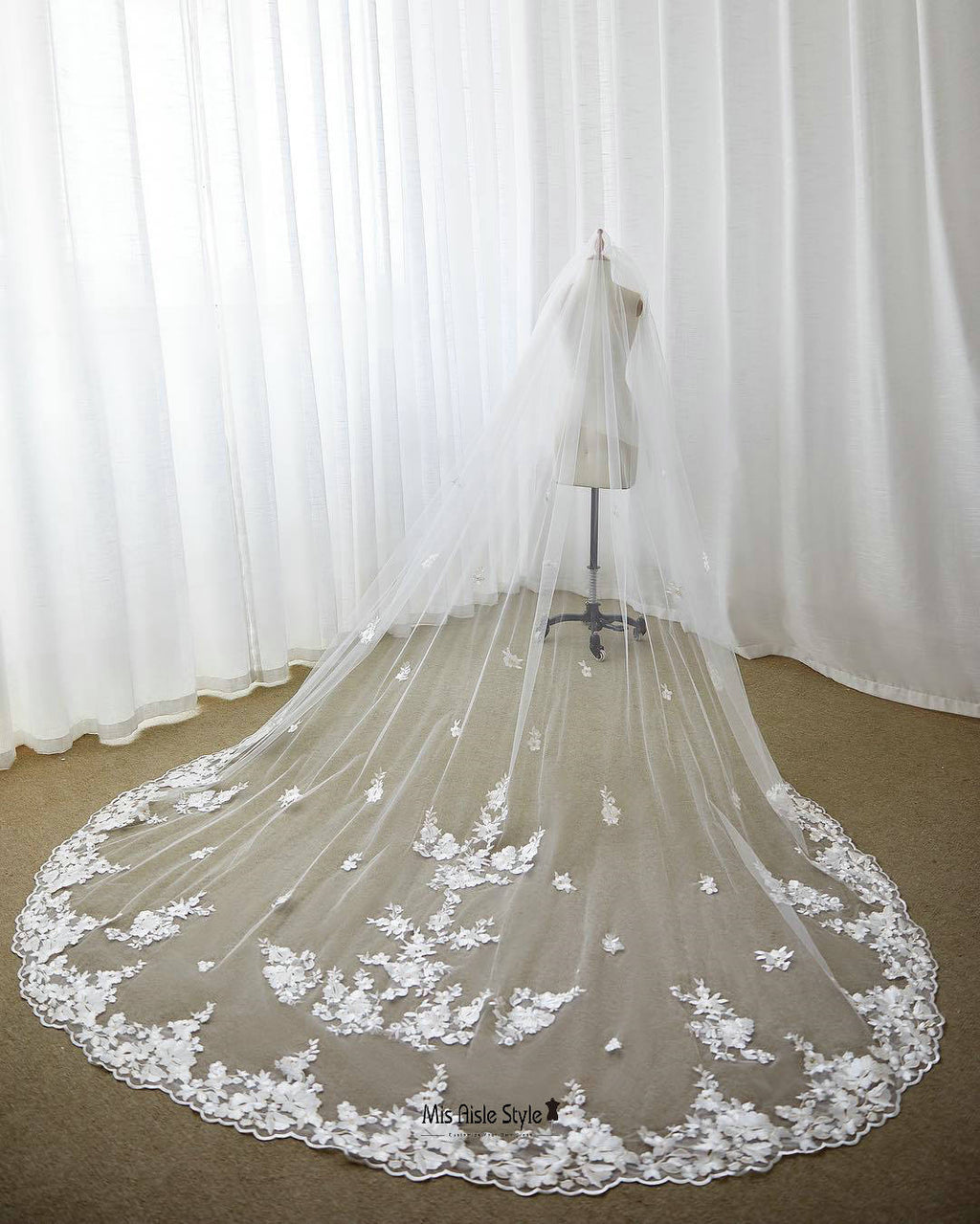 Free Shipping Cathedral Length Lace Applique Wedding Veil