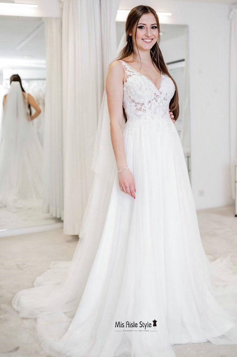 a lline wedding dress