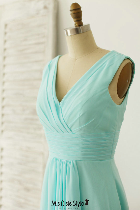v-neck bridesmaid dress
