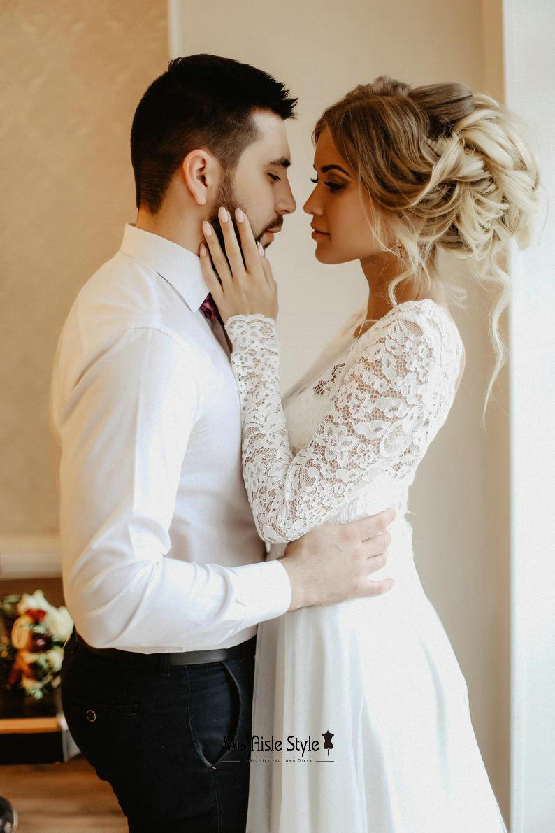 lace long sleeve wedding dress