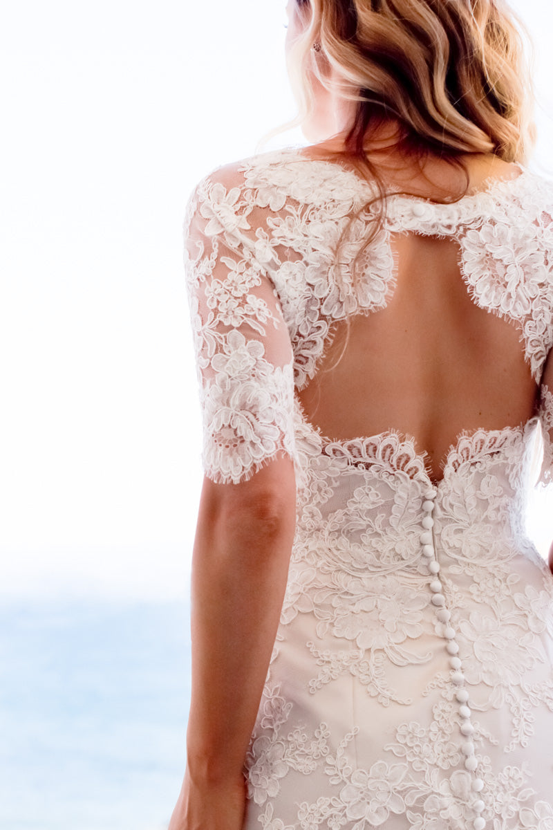 Keyhole Back Lace Wedding Dress
