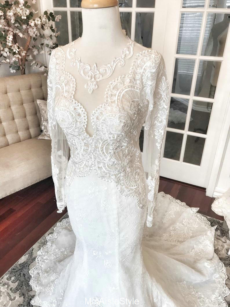 mermaid lace wedding dress