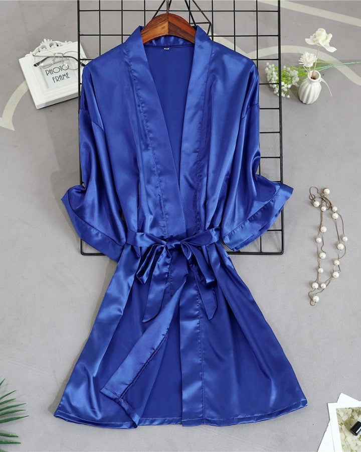 Embroidered Short Sleeve Sleepwear Robe