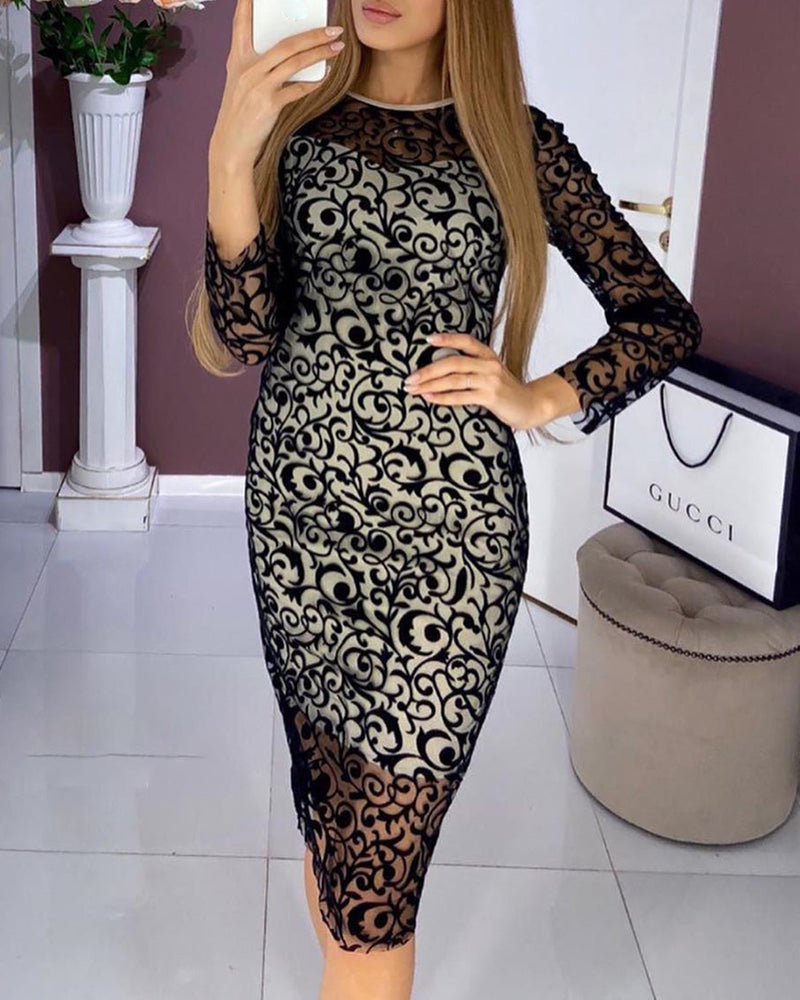 Round Neck Long Sleeve Lace Bodycon Dress
