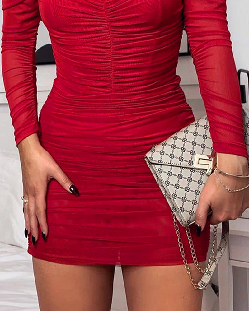 Solid Puff Sleevele Ruched Bodycon Dress