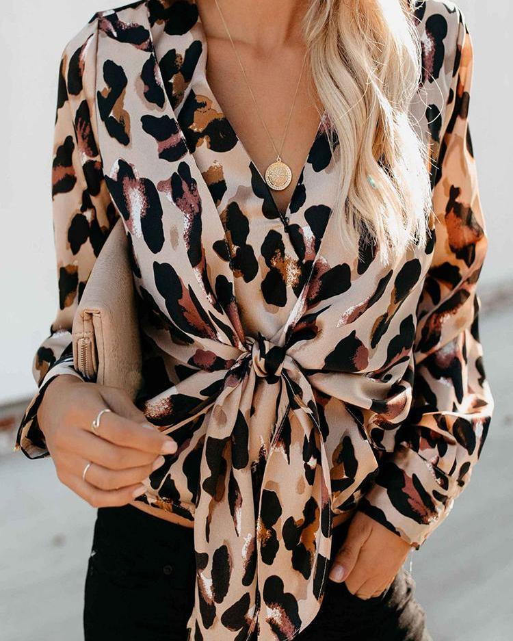 Leopard Print Knot Front Casual Blouse 4