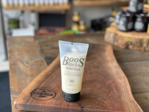 BOO'S BOARD CREAM