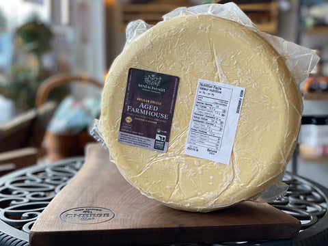 AGED FARMHOUSE CHEDDAR