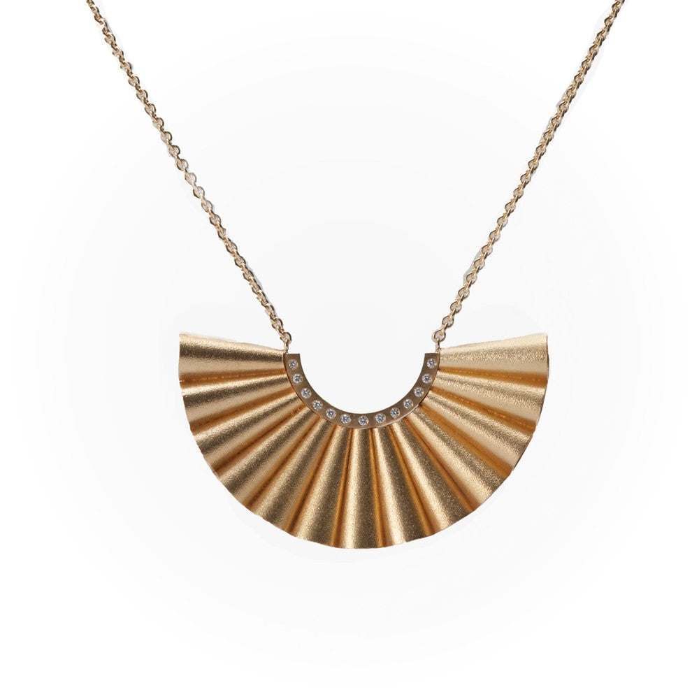 Cone Fan 18k gold Necklace