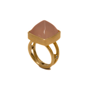18K Gold Royal Ring with Rose Quartz